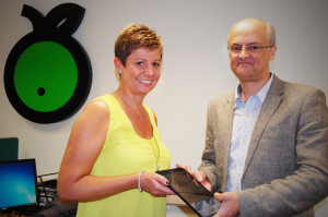 Diane Hunter, Apple Vending being presented with Samsung Galaxy Tablet by Simon Black, managing director, SB Software